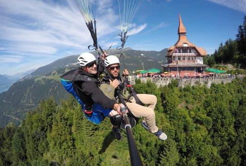 "Paragliding Interlaken GmbH - Paragliding ""Big Blue"" Summer"